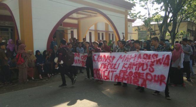 Perolehan Suara di FEBI Dinilai Curang, Mahasiswa Tuntut PSU
