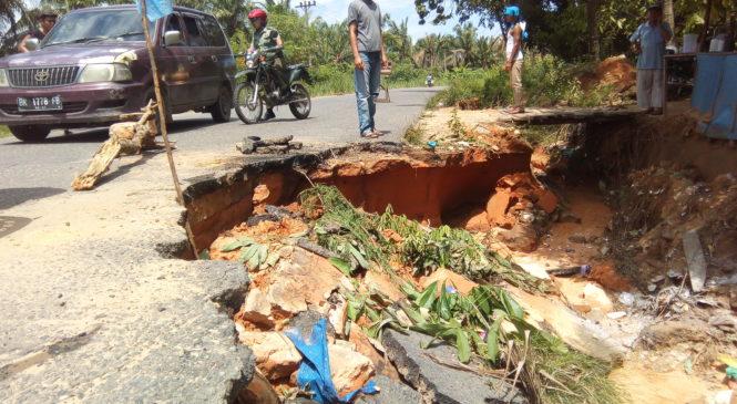 Jalinsum Amblas dan Rusak, PT. DNG: Akan Segera Kita Perbaiki