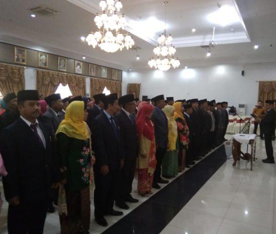 Gubernur Sumbar Lantik 83 KepSek SMA/SMKN di Padang