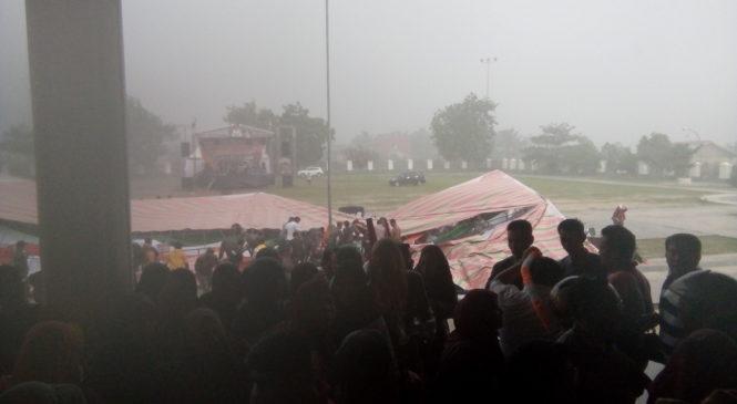 Hujan Deras dan Angin Kencang Warnain Launching Pilkada Di Labusel