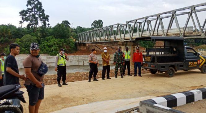 Kapolsek Dan  Camat Lembah Melintang Serta TNI Lalukan Monitoring Ditiga Sungai