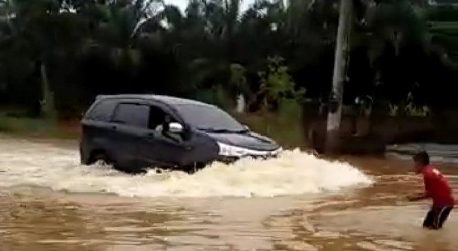 Akses Jalan Nasional Di Pasbar Kebajiran