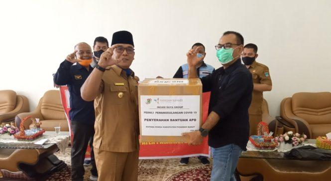 Yayasan Sumadi (Incasi Raya Group) Serahkan Bantuan APD Ke Satgas Covid-19 Pasbar