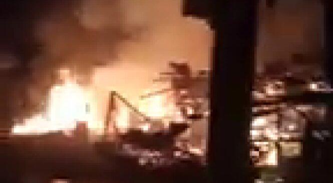 Rumah Pengusaha Kuliner Di Pasbar Ludes Terbakar